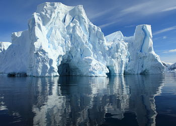 Antarctic Magnificent Iceberg Fotolia 48228134 Subscription XXL opt