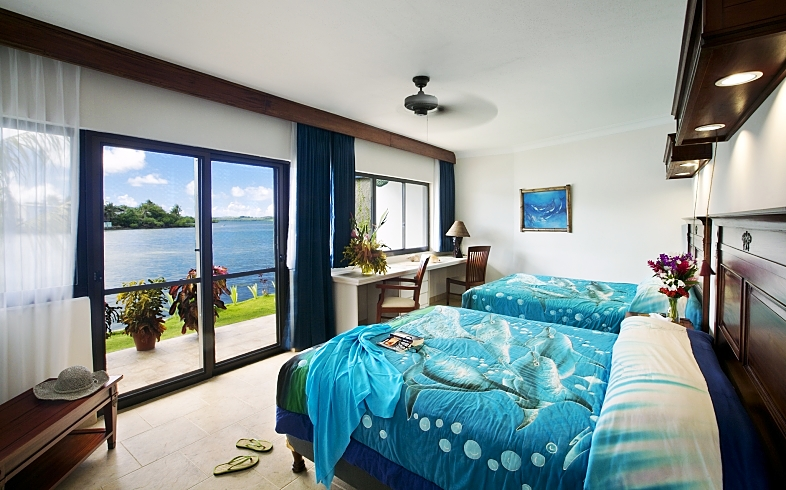 MantaRayBay Ocean View Room opt