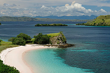 Indonesia Komodo National Park Islands Water Green