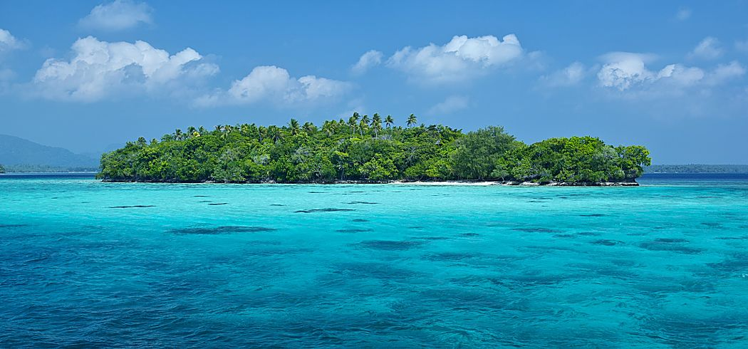 Solomons single island perfect shutterstock 149251832 opt